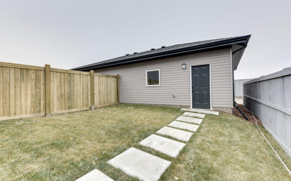 The Evoke Duplex, Fort Saskatchewan, Southfort Ridge, Landscaped Backyard