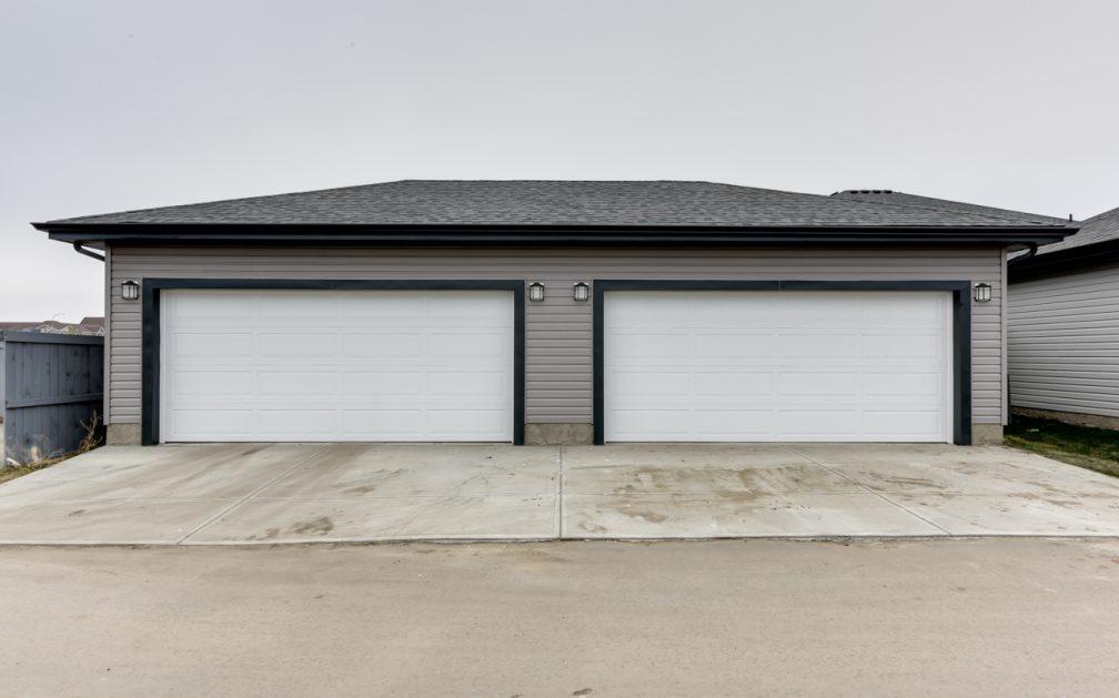 The Evoke Duplex, Fort Saskatchewan, Southfort Ridge, Double Detached Garage