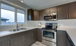 The Evoke Duplex, Fort Sask, Saskatchewan, Southfort Ridge, Kitchen 3